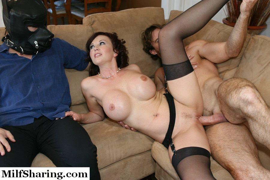 порно фото ебет при муже
